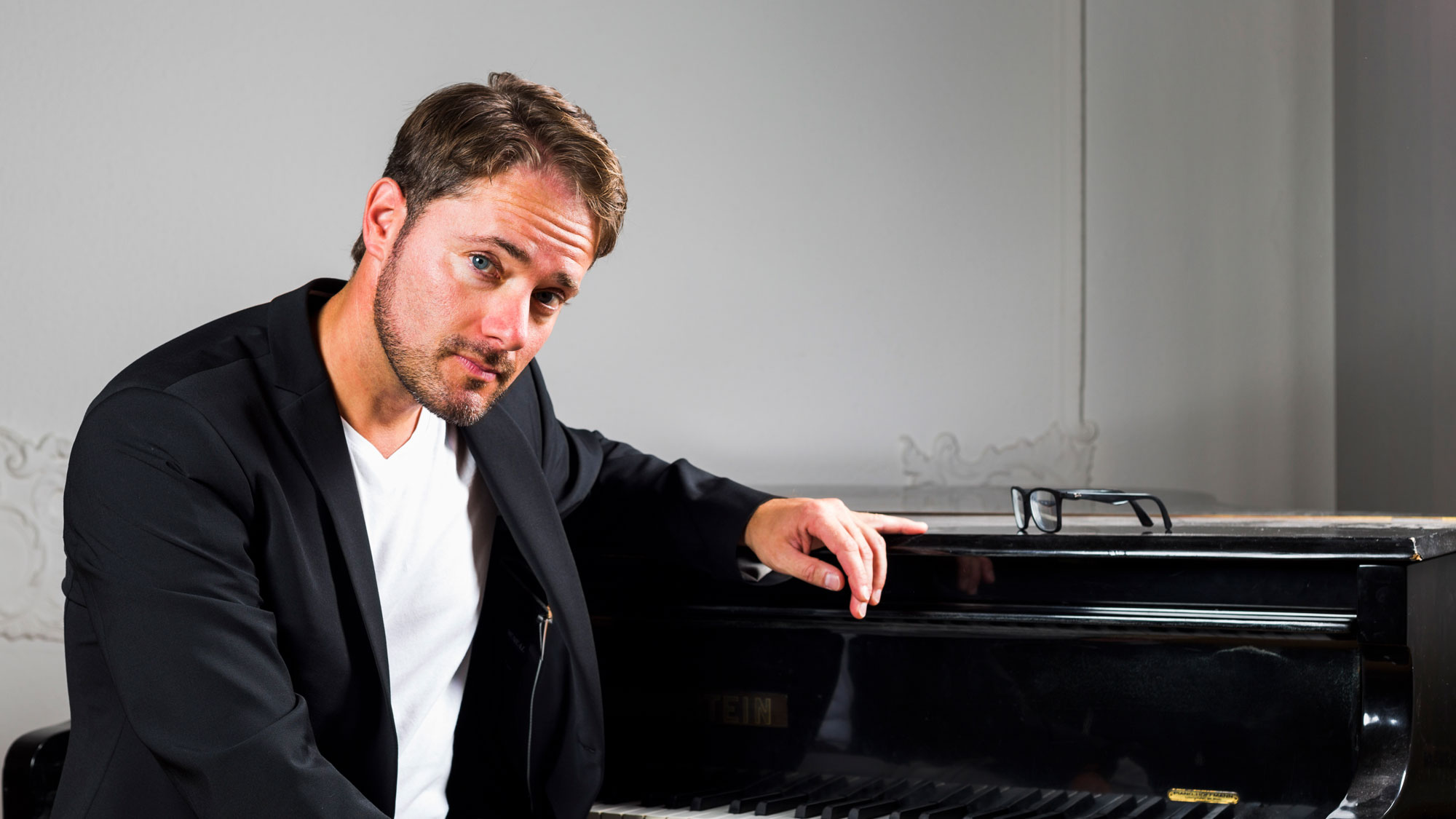 Martin Schwarz am Klavier